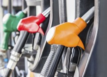 Regulirani ceni bencina in dizla nižji