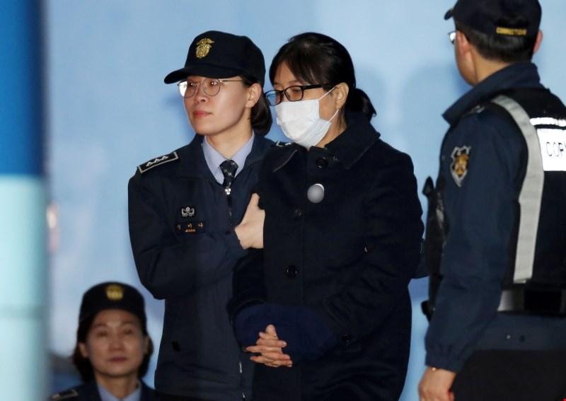 Zaupnici nekdanje južnokorejske predsednice 20 let zapora