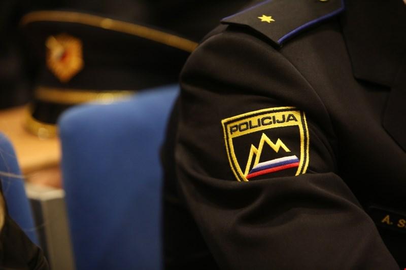 Sklenili dokazni postopek v tožbi policista iz afere Koprivnikar