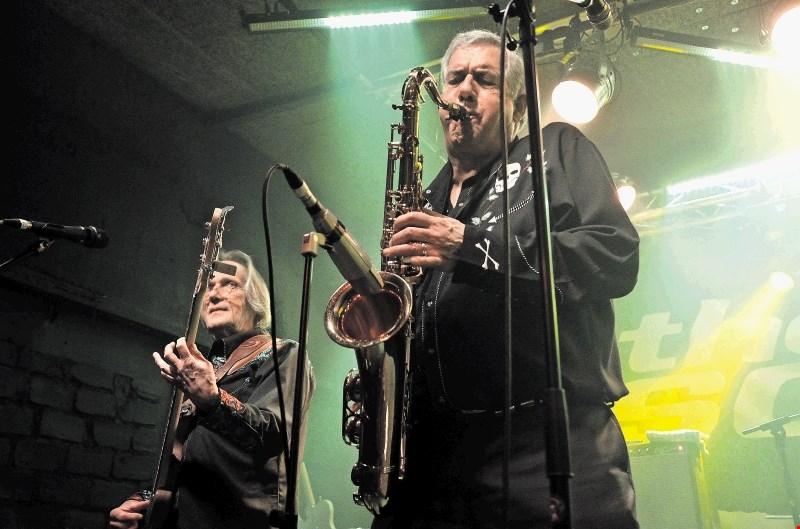 Kritika koncerta The Sonics:  prvinski duh rock'n'rolla