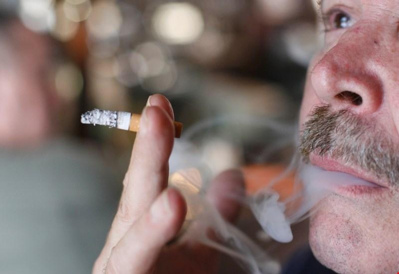 V Avstriji pospešeno za prepoved kajenja v lokalih