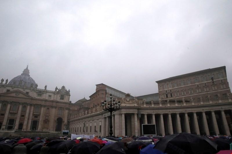 Vatikan bo še naprej preiskoval spolne zlorabe v cerkvi
