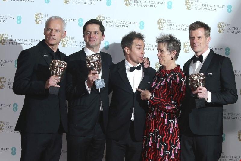 #foto #video Nagrado bafta za najboljši film prejel Trije plakati pred mestom