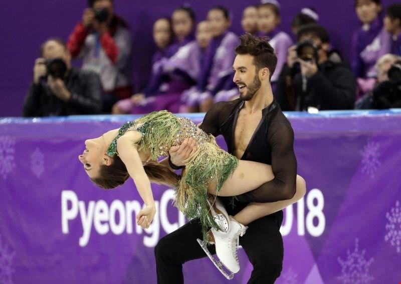 Umetnostni drsalki se je odpel dres: Moja najhujša nočna mora na olimpijskih igrah