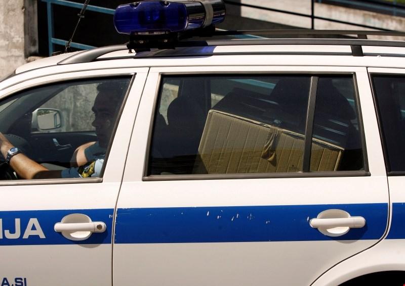 Novinar Ekipe zaradi groženj po besednem napadu Zahoviča poiskal pomoč policije