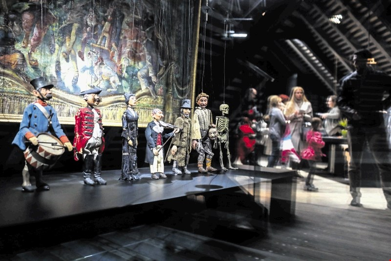 #foto Vodeni ogled Z odra v muzej: Tam, kjer živijo lutke